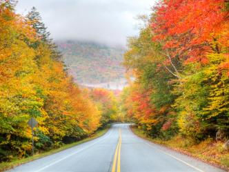 fall-foliage-road-trips-kancamagus-highway-jpg-rend-tccom-1280-960